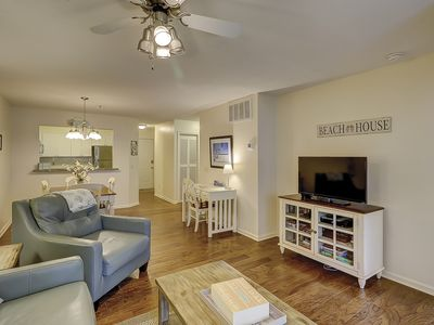 Great Villa in South Forest Beach! Pet Friendly and Plenty of Amenities