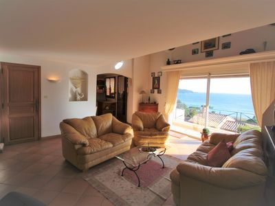 Photo for Nice villa very nice, beautiful sea view, pool and parking ...