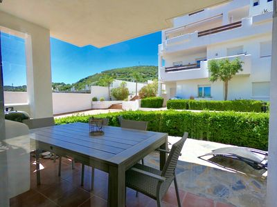 Photo for Sea views - Internet - International TV - Aircon - Private Parking
