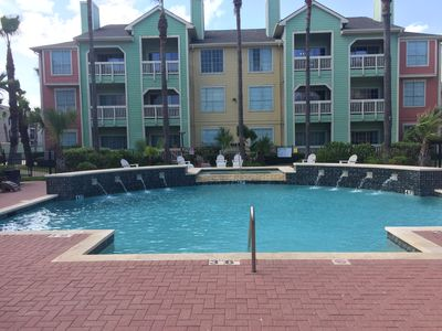 Photo for Newly Redecorated First Floor Poolside!!