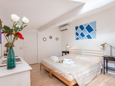 Photo for Apartment to rent in via dei Pepi in Florence