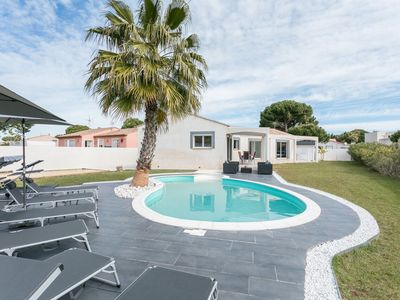 Photo for FLAMING ROSES VILLA - 3 bedrooms - swimming pool - beach
