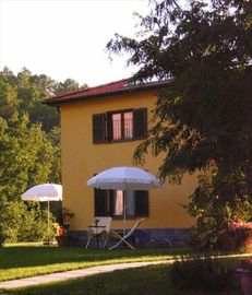 Selfcatering Apartment in an agriturism Between Portofino and Cinque Terre.