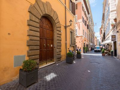 Photo for Apartment Vittoria Enchanting in Roma: Piazza di Spagna - 8 persons, 3 bedrooms