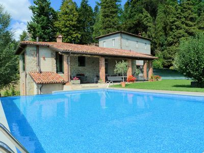 Photo for Villa in Tuscany, large pool in private natural park, 15 mins walk to restaurant