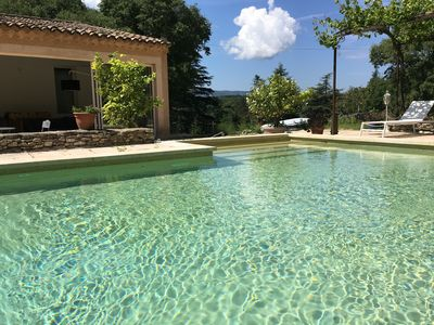 Photo for Golden triangle of the Luberon: large villa with heated pool