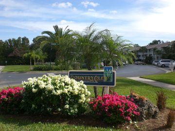 NAPLES COUNTRYSIDE COUNTRY CLUB/Sunsets-Beach/Golf/Tennis/Wellness Center/Pool