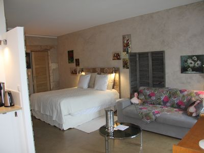 Photo for GIte Luberon Renovated cottage, luxury, calm, serenity, near Avignon