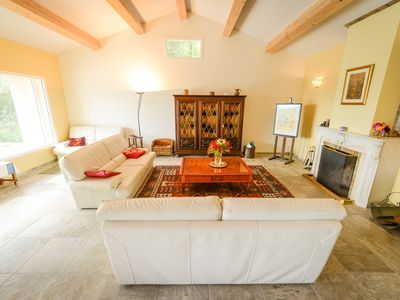 Photo for luxurious heated air-conditioned villa near the Castellet circuit