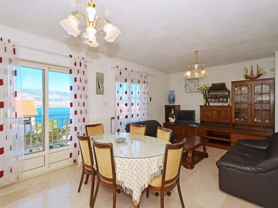 Photo for LOLA 1, comfy 2 bedroom apartment, 100m from a beach - pet friendly