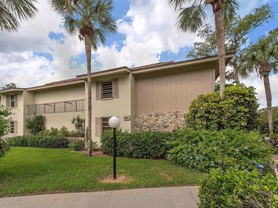 Photo for Spacious Light-Filled Condo in Naples Bath and Tennis