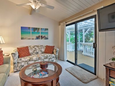 Photo for Kailua-Kona Guest House w/Lanai - 4 Miles to Beach