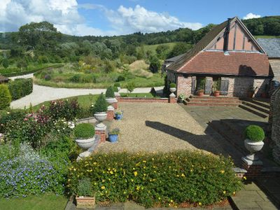 Photo for Falstaff cottage - lovely self catering with private Hot Tub edge of cotstwolds