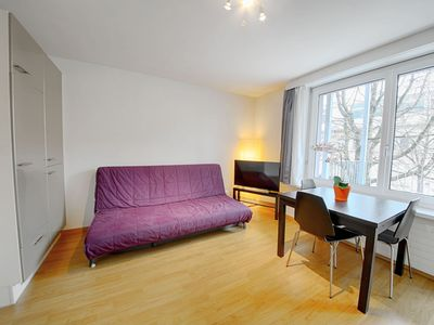 Photo for ZH Lemon - Letzigrund HITrental Apartment