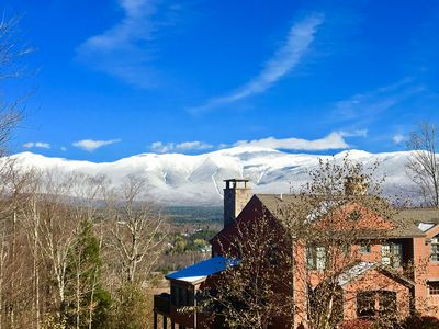 P5 Ski-in Ski-out rare find!! Presidential View,  single family w/ garage, pool table, ping pong!