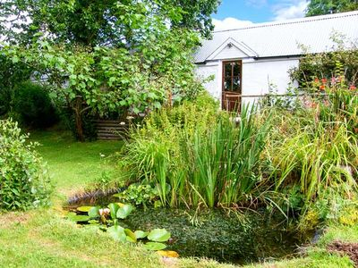 Photo for PANDY COTTAGE, pet friendly, with a garden in Lampeter, Ref 916110