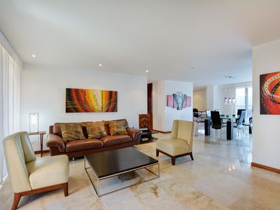 Photo for Large Modern Luxury Unit with View