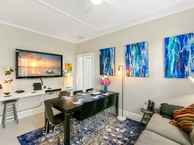 Photo for Outstanding Renovated spa bath apartment