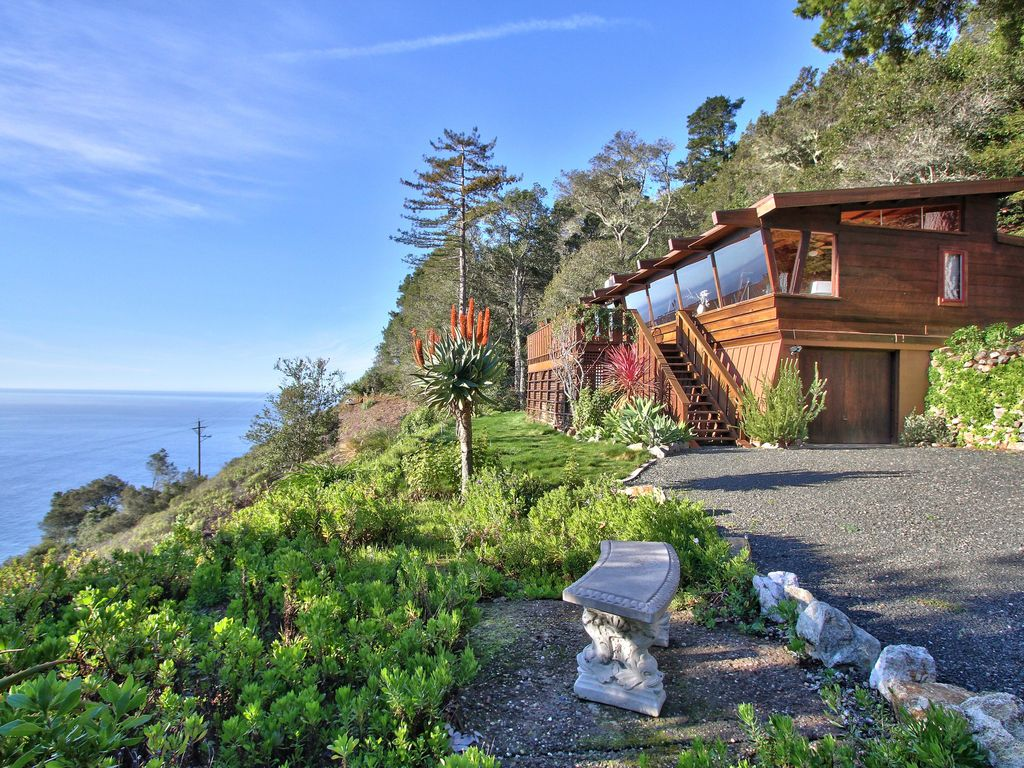 The ultimate big sur hideaway with dramatic vrbo for Big sur cabin