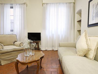 Photo for Appartamento Lapo E: A characteristic and welcoming apartment located in the historic center of Florence, at a short distance from Palazzo Pitti and from Ponte Vecchio (old bridge), with Free WI-FI.
