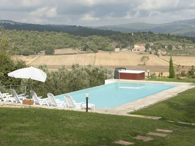Photo for Villa in Tuscany countryside with private pool, garden, panoramic position.