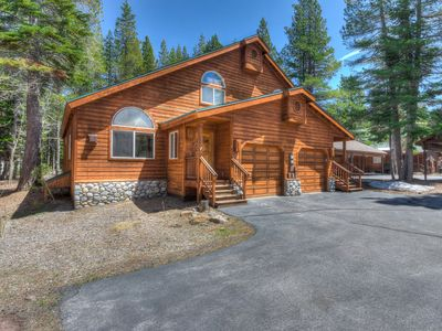 Photo for Desirable Tahoe Donner Home w/ BBQ Deck, HOA Amenities