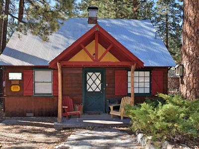 Photo for Blue Jay Cottage: Fawnskin! Separate Guest Quarters! Vintage Features! Cable TV! Fireplace! Laundry!
