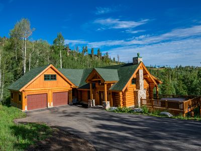 Photo for Great Log Home with Hot Tub and Spectacular Views!