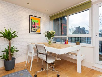 Photo for UP TO 20% OFF - A trendily decorated 1 bed apartment close to the Thames (Veeve)