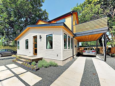 Photo for New Listing! Stylish Newly Built East Austin Home - Near Downtown & River