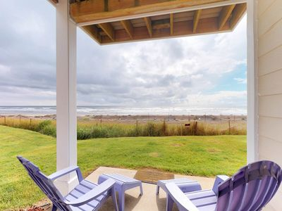 Photo for Oceanfront condo w/ shared pool and hot tub, dogs ok!