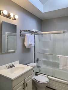 Photo for 2BR Hayward Apartment With Great Location!