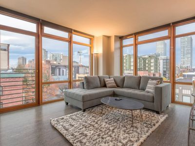 Photo for Pike Place Ultra-Modern 1BD 3 - One Bedroom Apartment, Sleeps 3