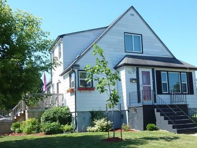 Photo for Lincoln's Red Door - LARGE 4 Bdrm/2 Bath Apt in 2 Unit home (Pet Friendly)