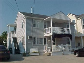 TWO DECKS, BACKYARD, CLOSE TO BEACH - Townsends Inlet section of Sea Isle City.