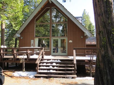 Photo for Charming Rustic Tahoe Vista Cabin