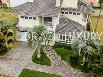 Photo for Gorgeous 5 bedrooms Villa in Jurerê Internacional