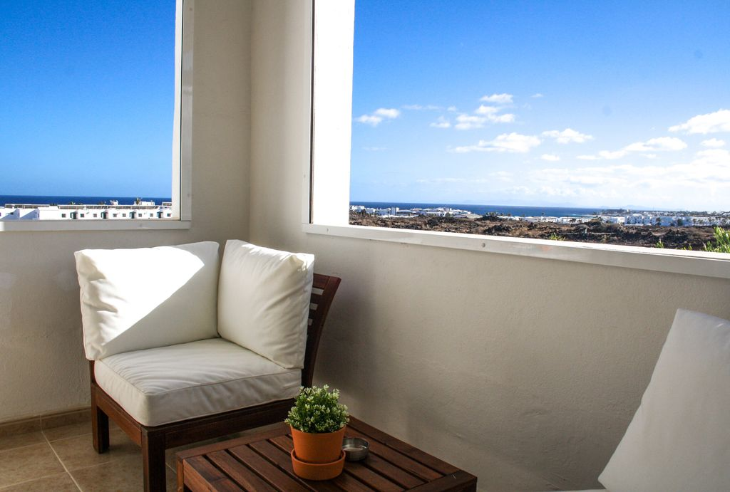 Apartment Los Claveles A Beautiful Seaview Home With Spectacular Sunsets Share Tías Lanzarote