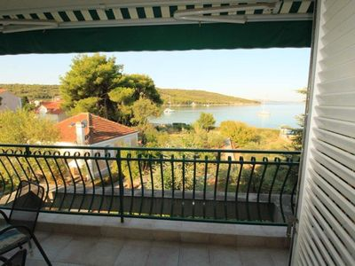 Photo for Two bedroom apartment near beach Zlarin (A-14025-b)