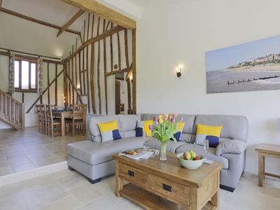 Photo for Dunnetts Farm Barn - Three Bedroom House, Sleeps 6
