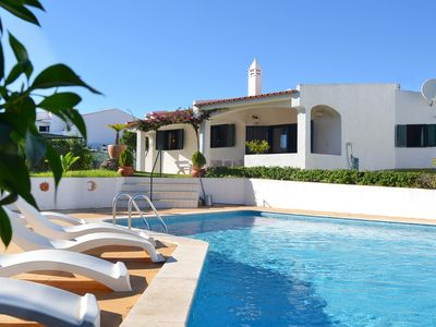 Photo for Villa for 6 at walking distance from the beach & close to Albufeira center