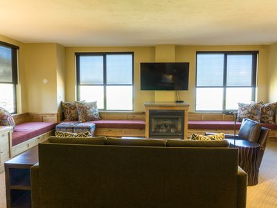 Photo for Deluxe condo in newly remodeled Grand Summit Hotel