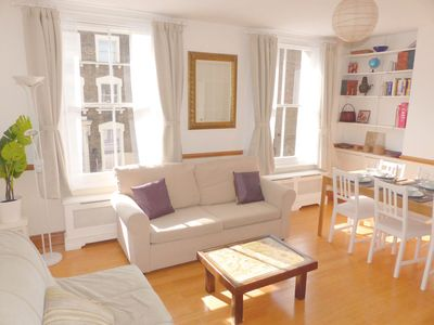 Photo for Newly renovated Russell Square, 95sqm, bright apartmen with large living room