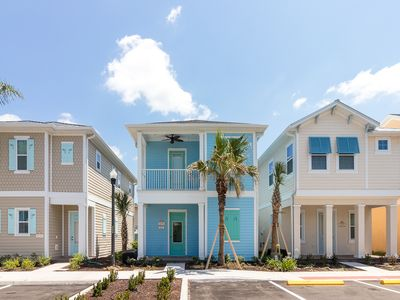 Photo for Margaritaville Resort Orlando - 2 bedroom/2 bath cottage - 8044 Dreamsicle Drive
