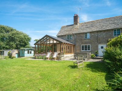 Photo for 3 bedroom Cottage in Isle of Purbeck - IC001