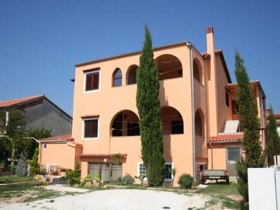Photo for Apartment JELA HOUSE  in Medulin, Istria - 8 persons, 3 bedrooms
