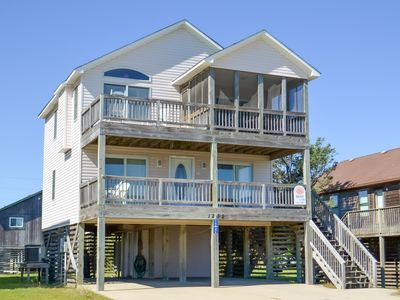 Photo for K1303 Flocc O'Gulls. Ocean View, 1 Block to Beach, WiFi, Great Location!