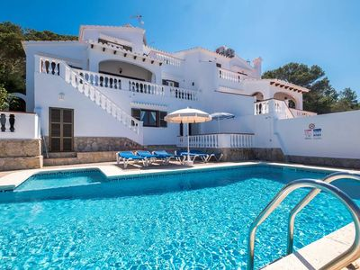 Photo for 6 bedroom Villa, sleeps 11 with Pool and FREE WiFi
