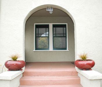 Photo for Comfortable Albany Bungalow: Great Location In East Bay Of San Francisco  Area