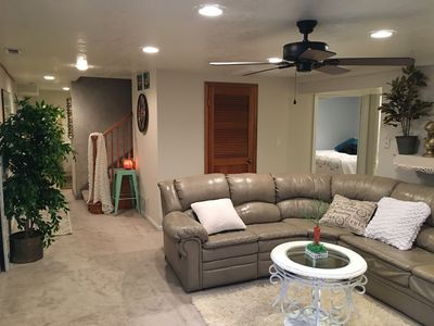 comfy KING beds with roomy apartment and fast WiFi in perfect location!